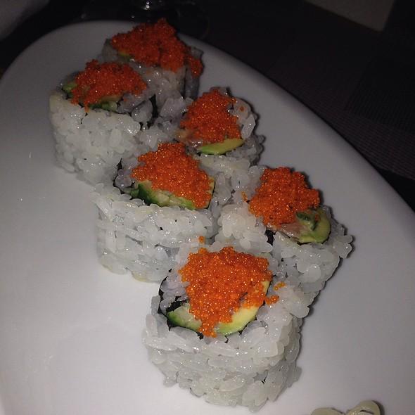 Spicy Tuna Roll - Wai'olu Ocean View Lounge, Honolulu, HI