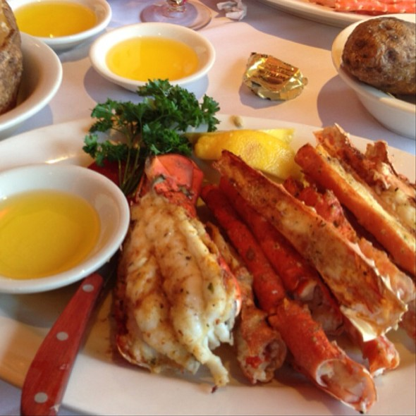 King Crab Legs - Sea Shore Restaurant & Marina, Bronx, NY