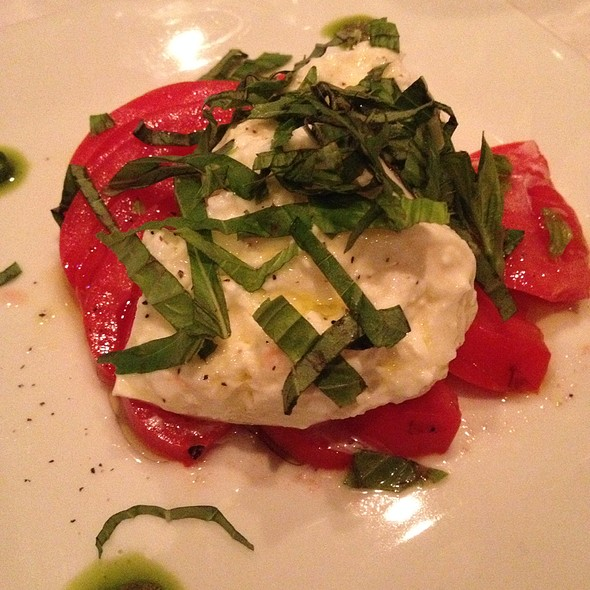 Caprese Salad With Burrata - Cobalt Grille, Virginia Beach, VA