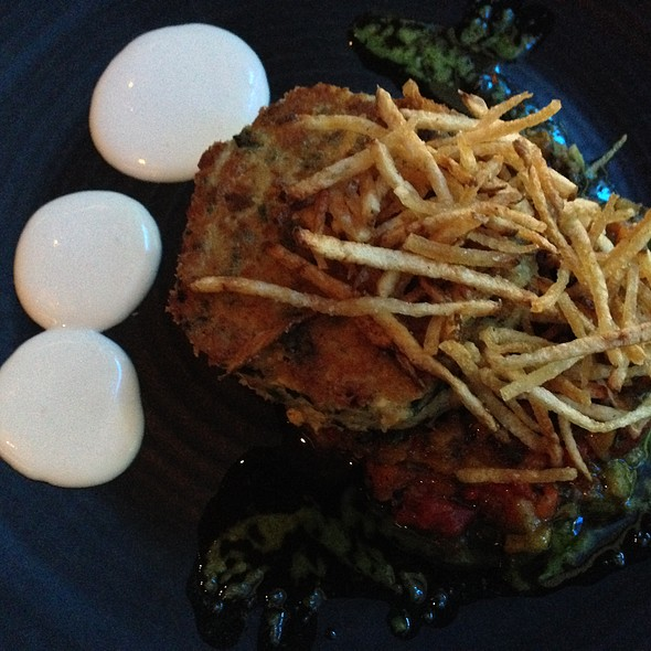 Dungeness crab cake with crispy potato sticks, lemon mayo, and roasted heirloom pepper relish - Urbane, Seattle, WA