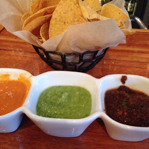Chips and Salsa - Mago Grill & Cantina - Bolingbrook, Bolingbrook, IL