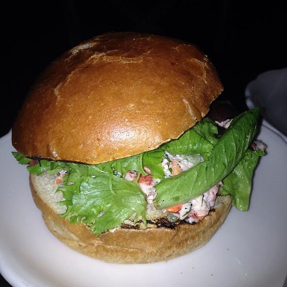 lobster roll - Harding's, New York, NY