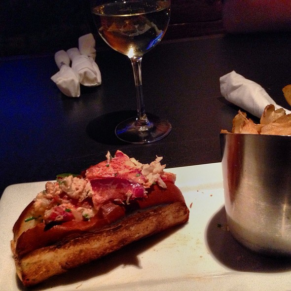 Lobster Roll (Sandwich) - Granary Tavern, Boston, MA