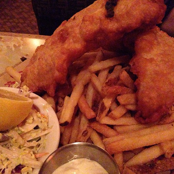 Fish and Chips - Lucky's Lounge, Boston, MA