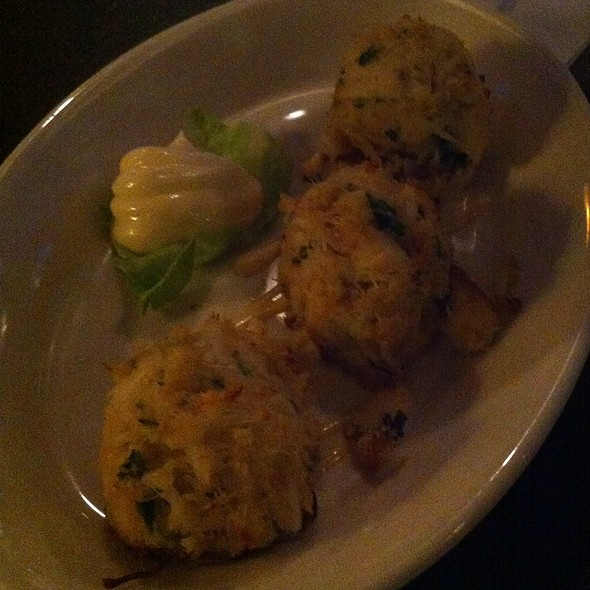 Mini Crab Cakes - Morton's The Steakhouse - San Juan, San Juan, PR