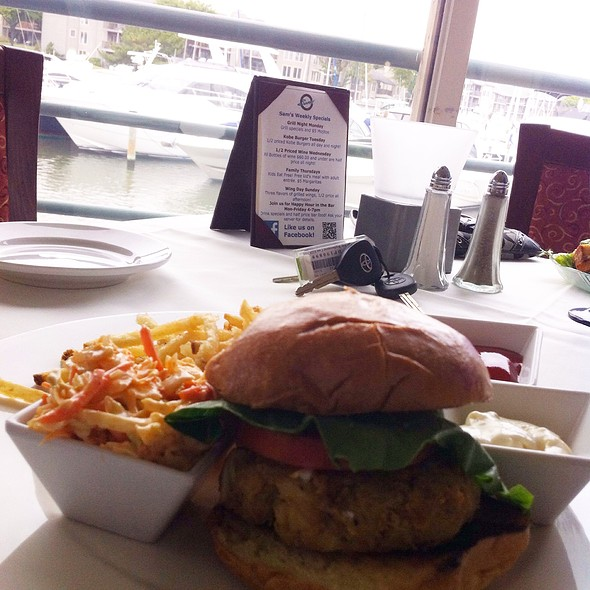 Crabcake Sandwich - Sam's on the Waterfront, Annapolis, MD