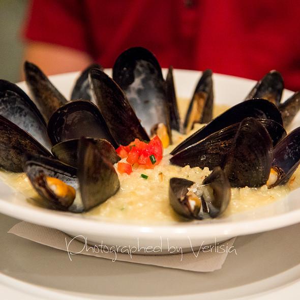 Mussels Risotto - Les Deux Gamins, Montréal, QC
