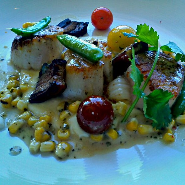 Scallops - RAYA at The Ritz-Carlton, Laguna Niguel, Dana Point, CA