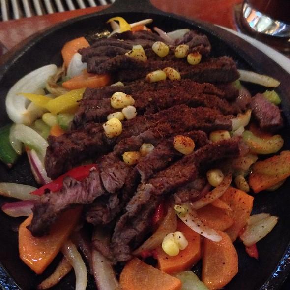 beef fajitas - Blue Cactus Bar & Grill, Ottawa, ON