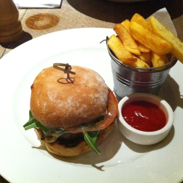 Classic Beef Burger And Chips - The Thomas Cubitt, London