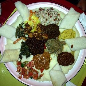 Combos  - Arada Ethiopian Restaurant, Denver, CO