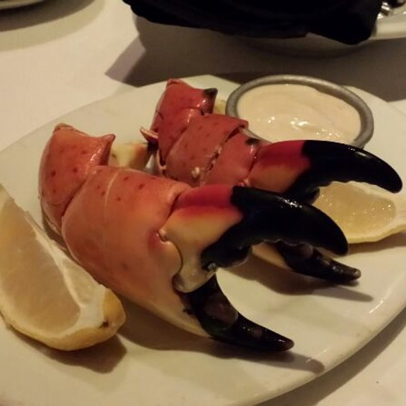 Stone Crab Claws - Chophouse New Orleans – Prime Steaks, New Orleans, LA