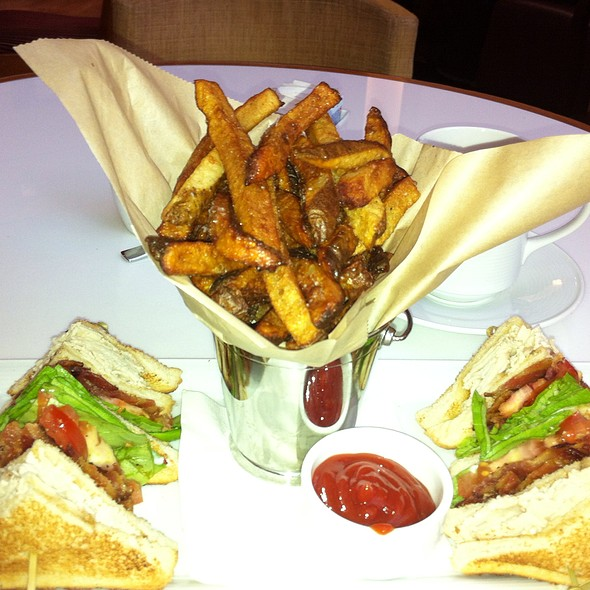 Blt Club And Fries  - Trios Bistro Toronto, Toronto, ON