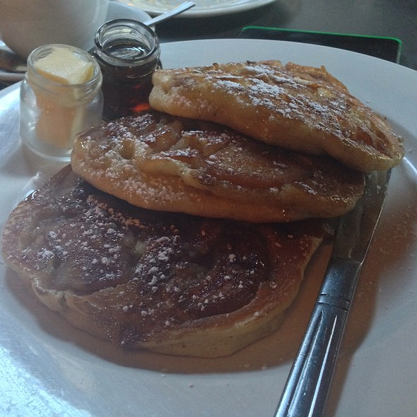 apple pancakes - Friend of a Farmer, New York, NY