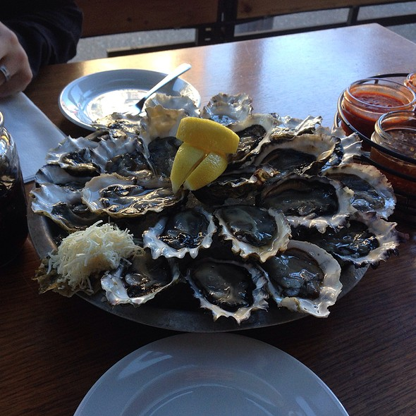 Buck-A-Shuck - The Fish Shack, Vancouver, BC