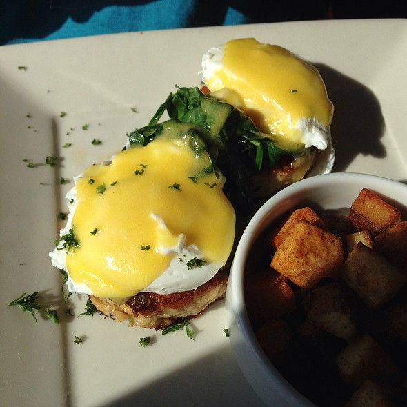 Crabs Eggs Benedict  - Johnny's Harborside, Santa Cruz, CA