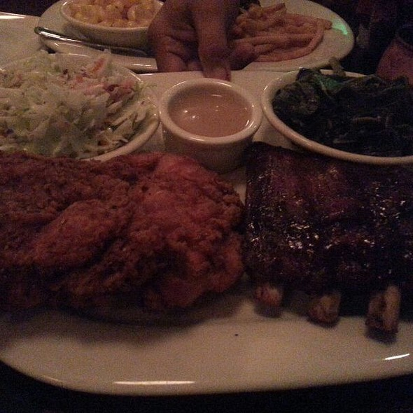 1/2 Rack Memphis Style Ribs And Fried Chicken - Gus's BBQ, South Pasadena, CA