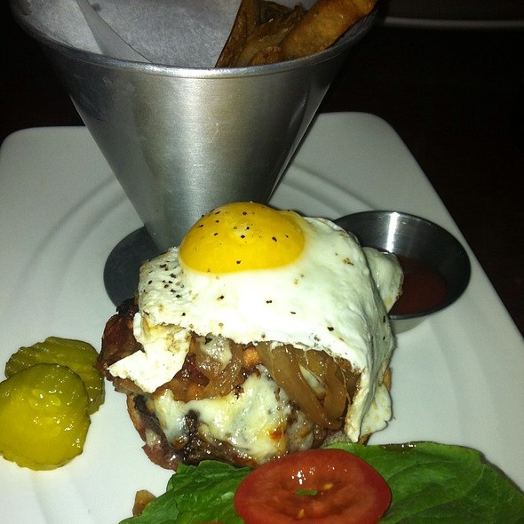 Sunny Side Burger - State Street Grill, Clarks Summit, PA