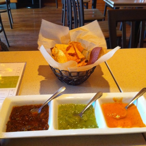 Trio Salsa And Tortilla Chips - Mago Grill & Cantina - Arlington Heights, Arlington Heights, IL