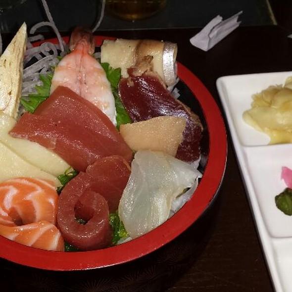 Chirashi - BlueFin Japanese Restaurant, San Jose, CA