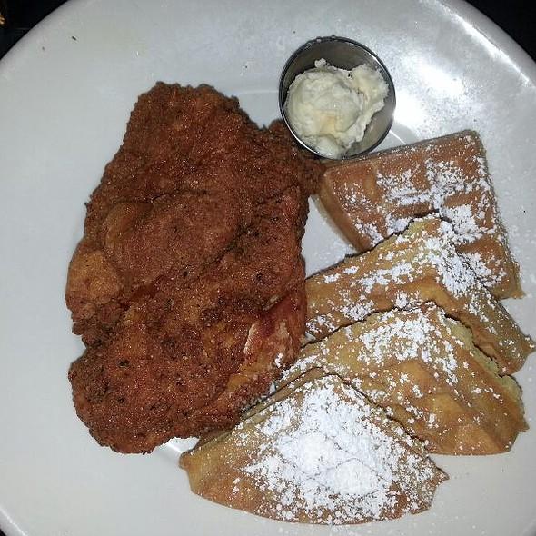 Chicken and Waffles - Gus's BBQ, South Pasadena, CA
