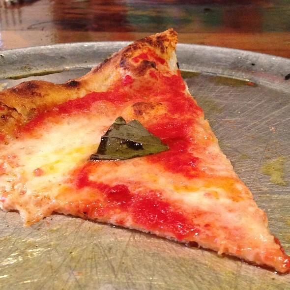 Margharita Pizza - Oenotri, Napa, CA