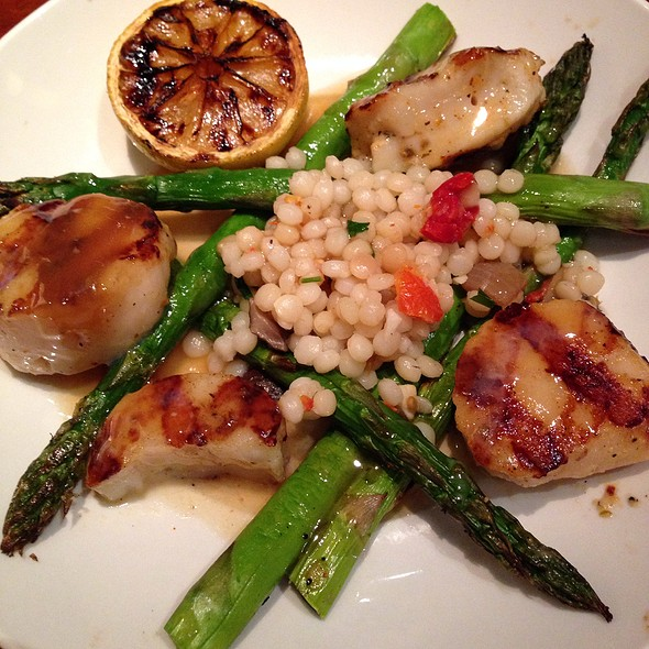 Caramelized Grilled Sea Scallops - Seasons 52 - Ft. Lauderdale, Fort Lauderdale, FL