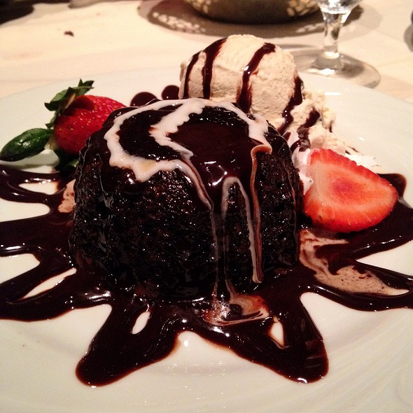 Petit Gateau - Fogo de Chao Brazilian Steakhouse - Houston, Houston, TX