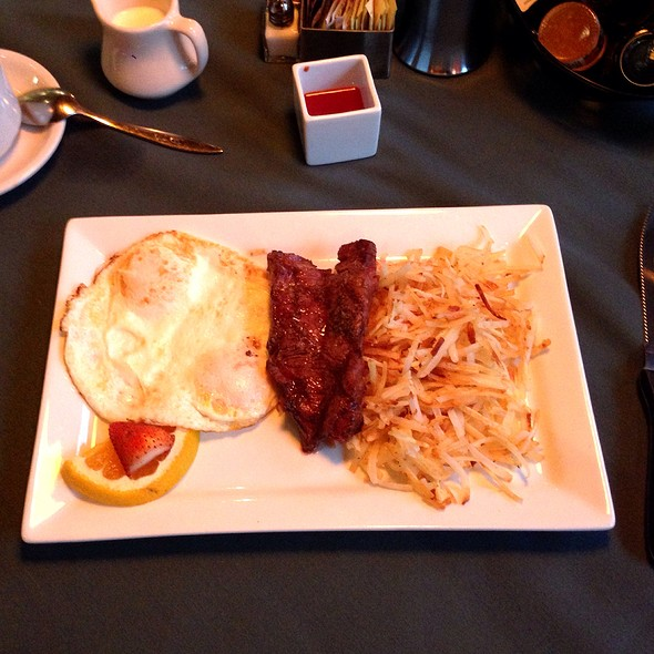 Steak and Eggs - Eclipse Restaurant, St. Louis, MO