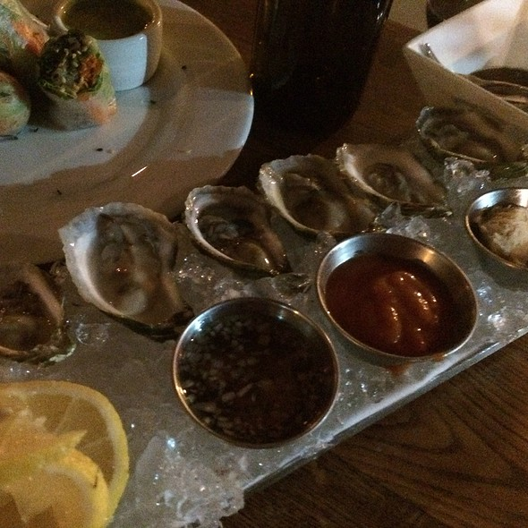 Oysters - Tin Roof Bistro, Manhattan Beach, CA
