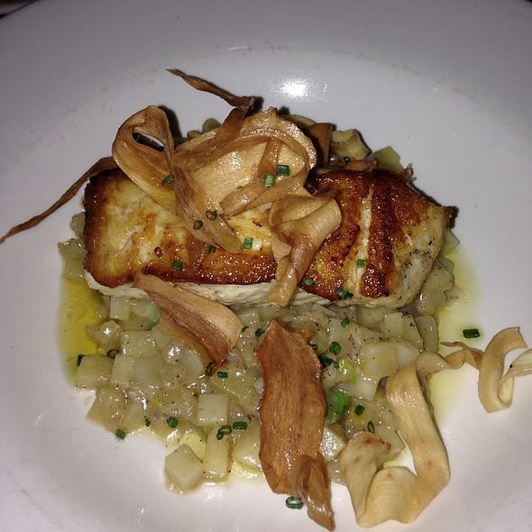 Halibut - Roots Restaurant and Bar, Camas, WA