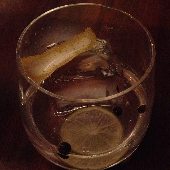 Ostras Gin & Tonic - Jaleo Crystal City, Arlington, VA