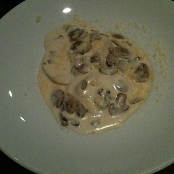 Chicken Tortellini Wirh Wild Mushroom Cream Sauce - McKay's, Los Angeles, CA