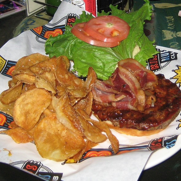 bacon hamburger - B.B. King's Blues Club - Memphis, Memphis, TN