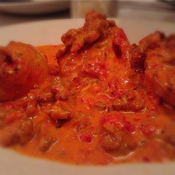 Stuffed Shells In Vodka Sauce - Al's Italian Restaurant & Pizzeria, Cicero, IL