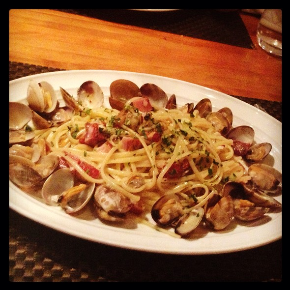 Linguini, Manila Clams, Pancetta - Wolfgang Puck Bar & Grill, Las Vegas, NV
