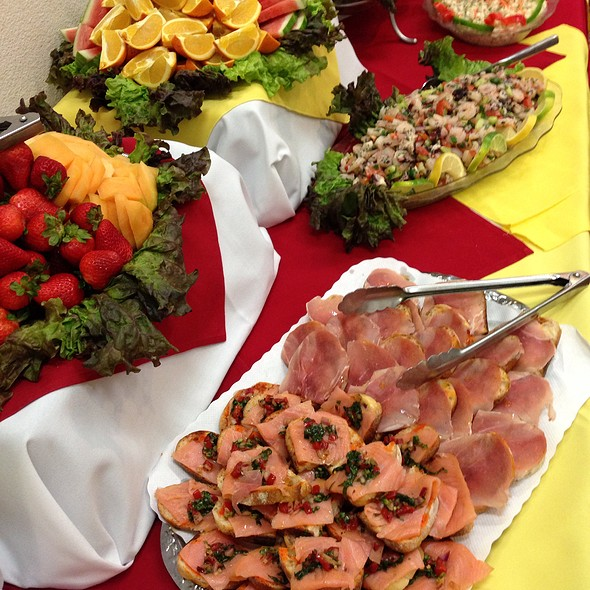 Delightful Appetizers   Patio Espanol   SF, San Francisco, CA
