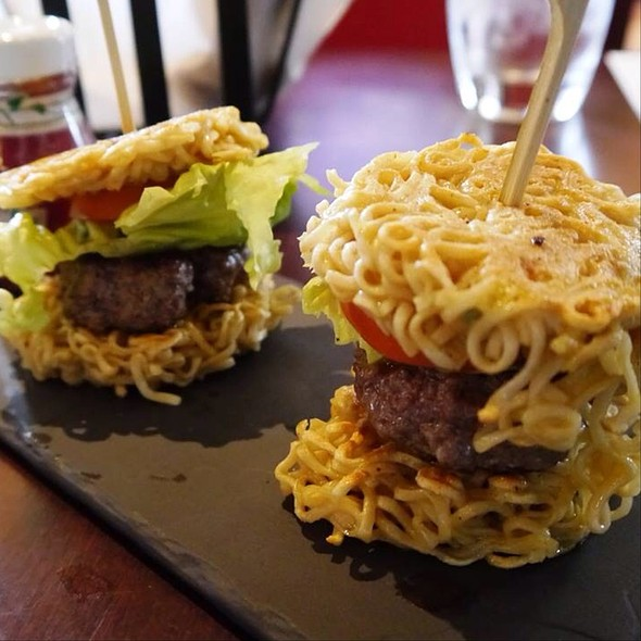 Ramen Sliders - Degrees Bistro at The Ritz-Carlton, Georgetown, Washington, DC