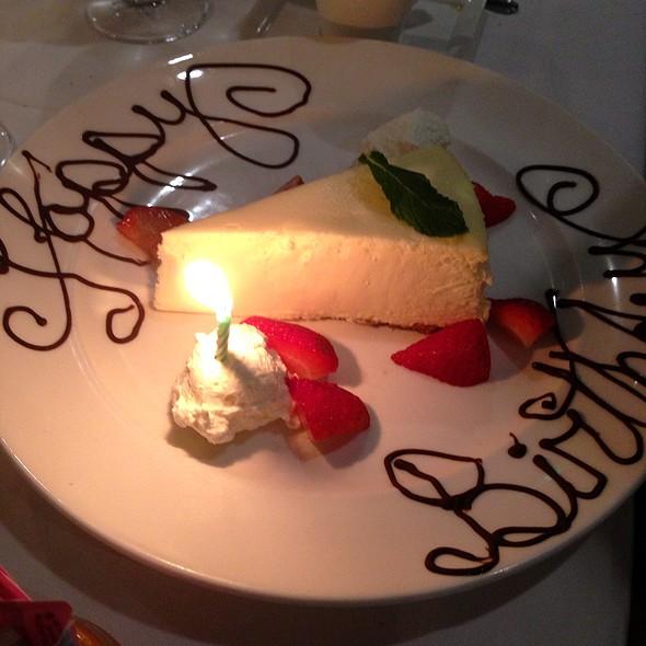 New York Cheesecake - Josef's Table, Boca Raton, FL