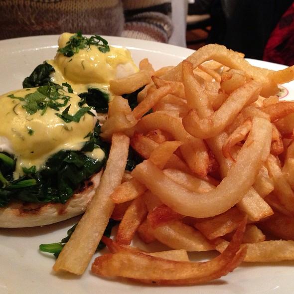 Eggs Florentine - B. Cafe, New York, NY