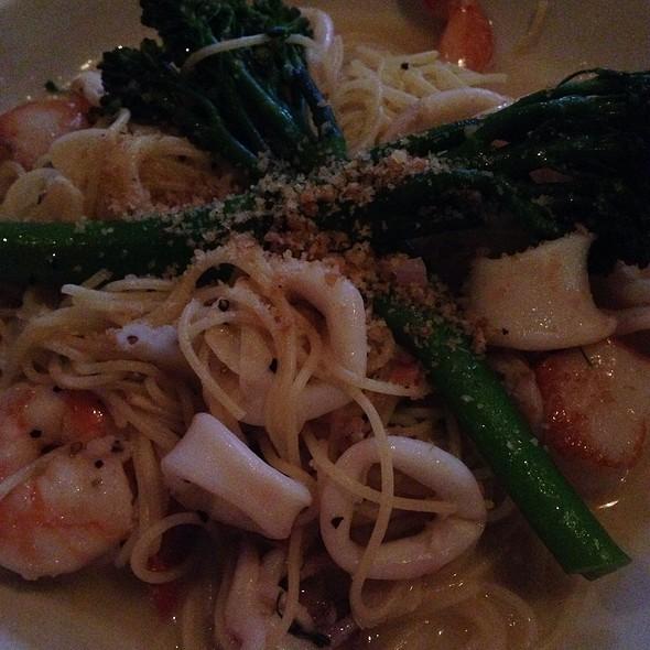 Lcb Seafood Pasta - Libby's Cafe & Bar, Sarasota, FL