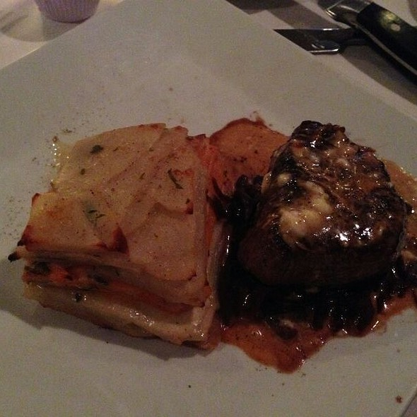Gorgonzola Filet Mignon with Au Gratin Potatoes & Veggie Scatter - 75 Main, Southampton, NY