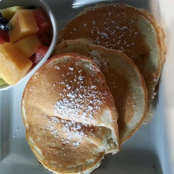 Buttermilk Pancakes - Ryan Duffy's, Halifax, NS
