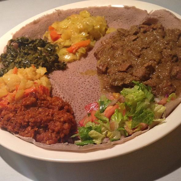 Ye-Beg Alicha Wot - Addis Ethiopian, Richmond, VA