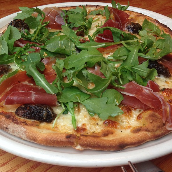 Proscuitto And Fig Pizza - Matchbox - Chinatown, Washington, DC