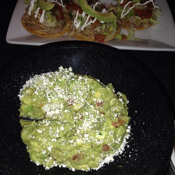 Guacamole - Rojo Mexican Grill - St. Louis Park, St. Louis Park, MN