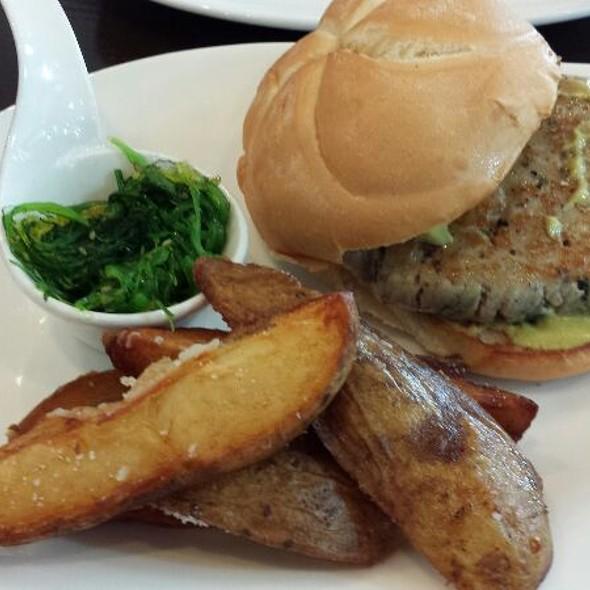 Ahi Tuna Burger - blu on the Avenue, Winter Park, FL