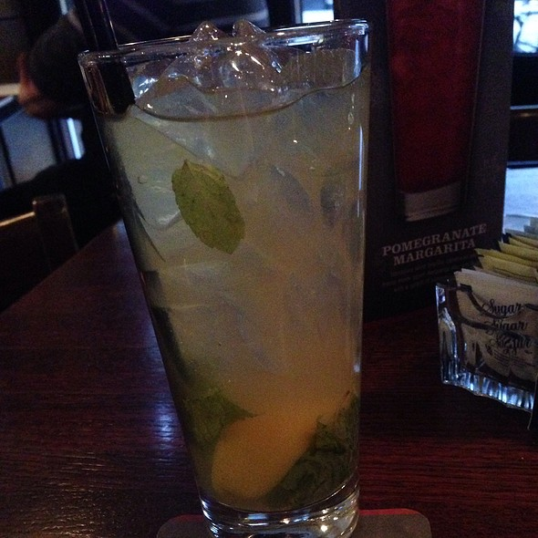 Bourbon And Mint Lemonade - Rock Bottom Brewery Restaurant - Chicago, Chicago, IL