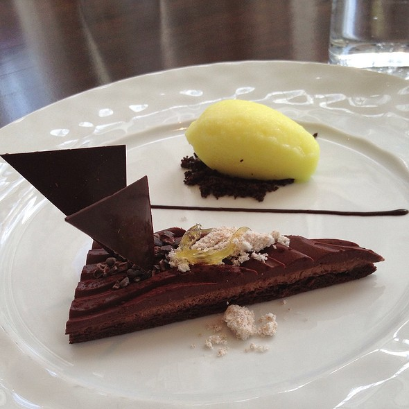 Chocolate Tart - dbar, Toronto, ON