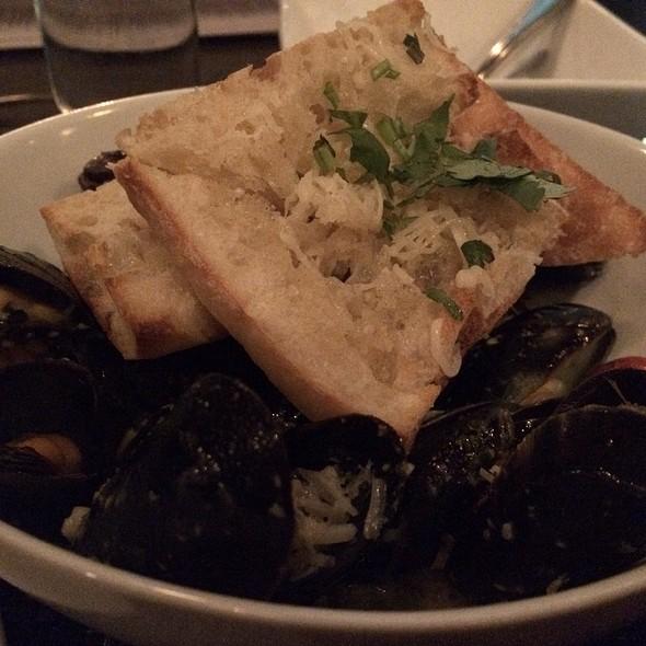 Mussels - Basa, Louisville, KY